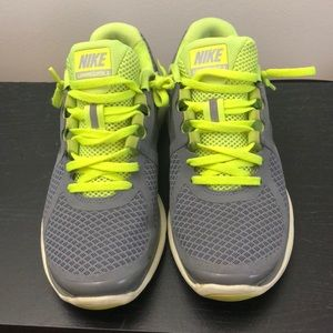 Nike running shoes 7